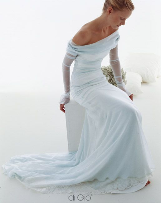 Le Spose di Gio - my dream wedding dress. Now I need to find it in a cheaper brand.