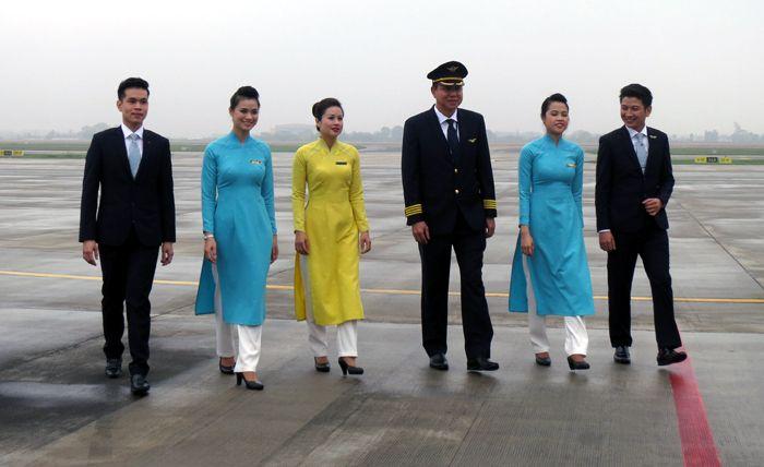 Vietnam airlines air hostess google search air hostess for Korean air cabin crew requirements