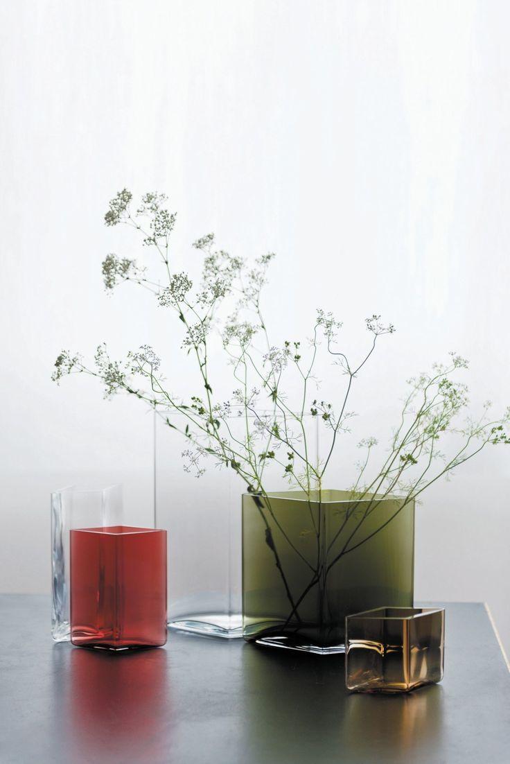 Stained glass vase RUUTU - @iittalaofficial