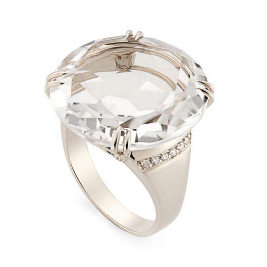 6d62f25f7b3 Anel de Ouro Nobre 18K com cristal de rocha e diamantes - Coleção Rua das  Pedras