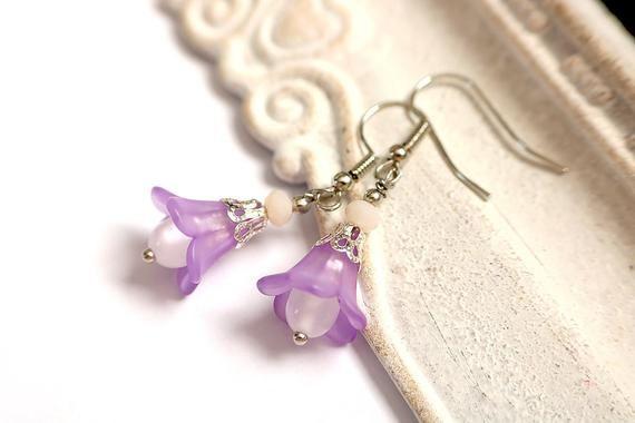 Boucles d'oreilles Fleur Clochette mauve, violette (corolle, coupelle, nature, pétale, plante, bohème, vintage, grelot), idée cadeau femme