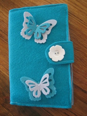 Let's go Moerkabout: Miss B's felt book cover tutorial