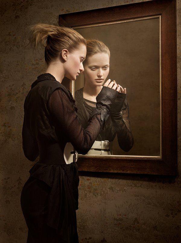 27 best miroir miroir dis moi qui est la plus belle for Miroir o miroir dis moi qui est la plus belle