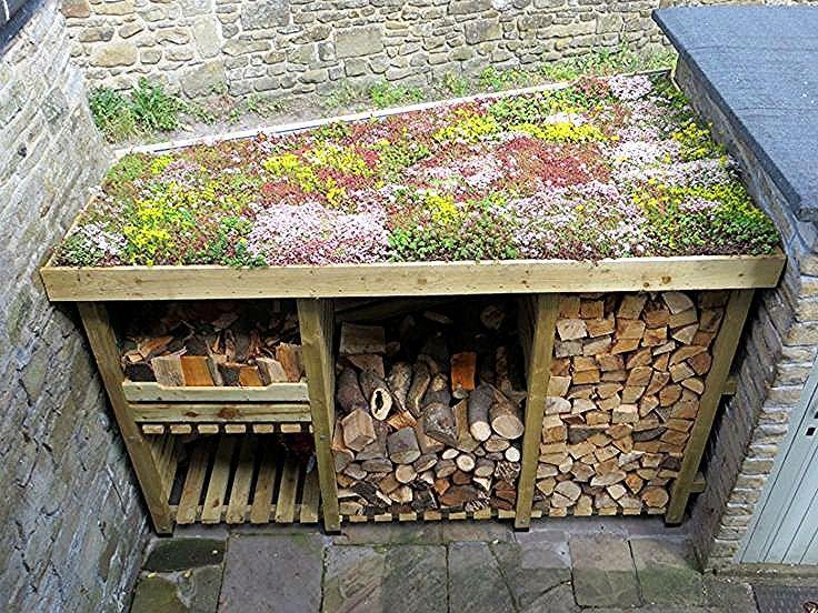 Diy Sedum Log Store Dach Wood Design En 2020 Abri Bois Poubelle De Jardin Toit Vegetalise