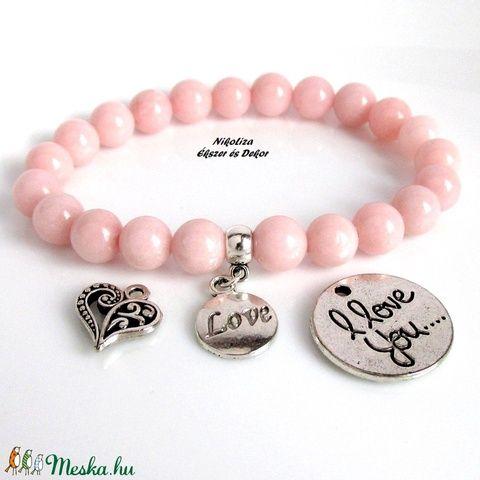 Valentin napi rózsaszín jáde ásványkarkötő választható medállal, ajándék organza dísztasakkal (NikoLizaEkszer) - Meska.hu