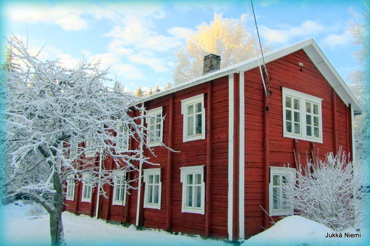 https://www.facebook.com/pages/Etel%C3%A4pohjalainen-talo/189910927713853?fref=ts