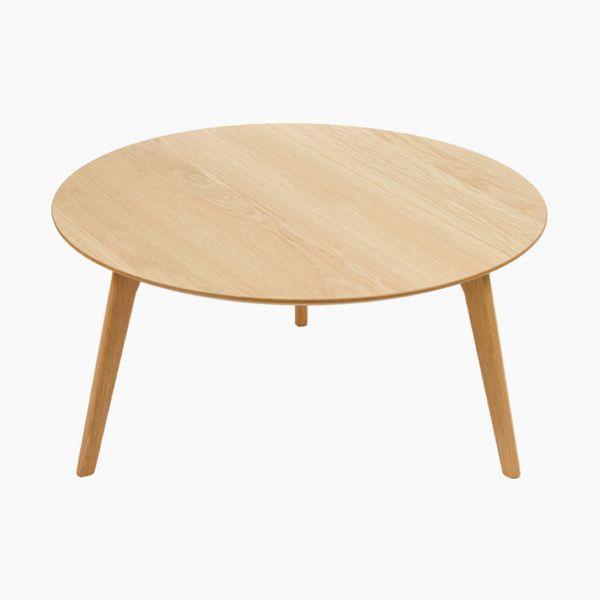 Soffbord rund Autumn - Craftenwood kostar 2099 kr. En produkt i kategorin Soffbord från . Köp heminredning idag på Boldliving.se. Låt oss presentera snygga soffbord rund Autumn från varumärket Craftenwood. Ett härligt runt bord i naturmaterialet trä. Denna möbel är perfekt att placera in i ditt vardagsrum framför soffan. Med sin runda form skapar den bättre utrymme omkring sig än vad traditionella fyrkantiga eller rektangulära soffbord gör. Om det är så att du inte har allt för mycket plats…