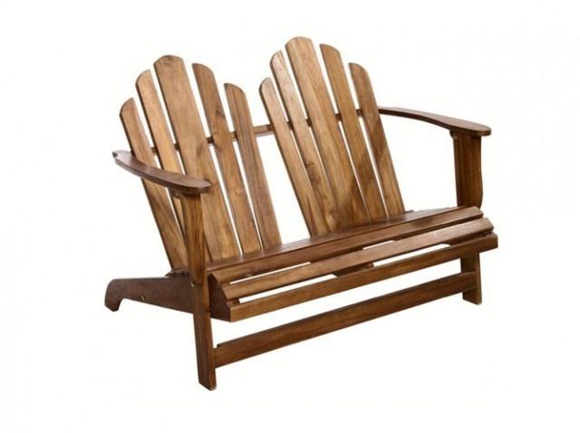 Meubles de jardin en teck / Garden furnitures in teak : http://www.maison-deco.com/jardin/deco-jardin/Quand-le-teck-rime-avec-tendance-et-elegance