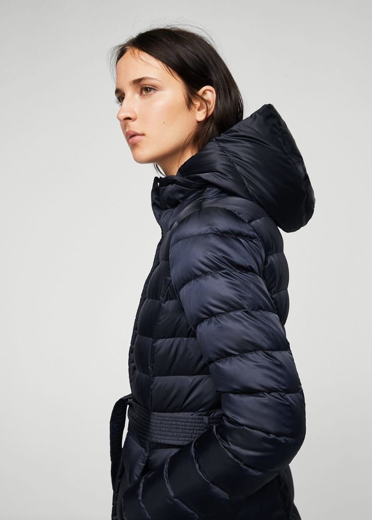https://shop.mango.com/sk/women/coats-quilted-coats/hood-quilted-coat_13063679.html?c=56