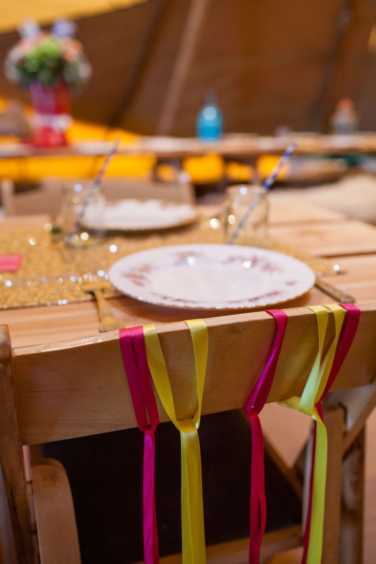 www.worldinspiredtents.co.uk festival themed Spring Open Weekend  Images courtesy of www.sarahlaurenphotography.com  Styling by www.jollygoodwedding.com