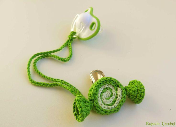 Espacio Crochet: Sujeta chupete niño