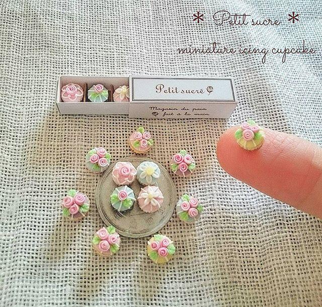 *miniature icing cupcake * 今日もアイシングカップケーキ作り🎵 まだまだ引き続き頑張ります😊 . #ミニチュア #ミニチュアフード #ドールハウス #カップケーキ #粘土 #アイシング #お菓子 #ハンドメイド #花 #薔薇 #fakefood #miniature #miniaturefood #dollhouse #dessert #cray #polymerclay #cupcakes #cupcake #sweets #flower #rose #handmade #icing #mini #instagramjapan #instacupcake #cupcakestagram