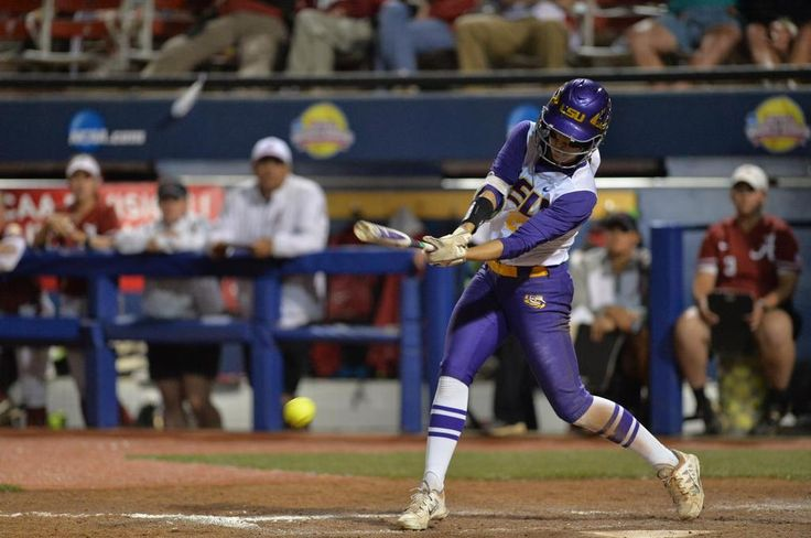 LSU scores 2 more runs, making it 5-1 going into the top of the third!