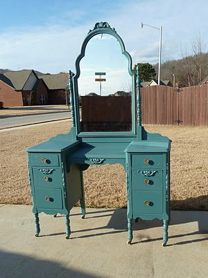 25 Best Ideas About Painted Vanity On Pinterest