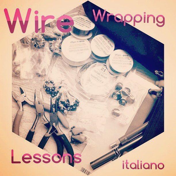 """5 entusiasmanti  lezioni dalla mia """"cattedra"""" in cui spiego le tipologie e le lavorazioni dei fili metallici tra una gaffe e l'altra ... perché la  telecamera mi mette in soggezione!!!  . Il riepilogo qui sul mio blog: http://ift.tt/2ftvJcj . . #archidee #becreative #bepositive #wirewrapped #wirewrapjewelry #wirewrapping #youtubetutorial #videotutorial #youtube #jewelryblog #blogupdate #blogger #instafashion #instajewelry #fashionjewelry #teacher #teaching #teachinglife  #silverjewelry…"""