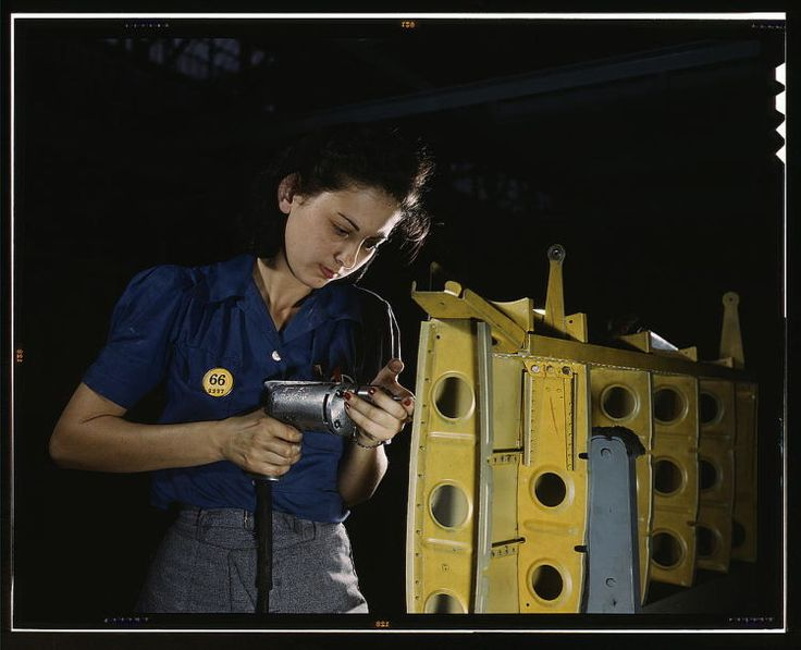 These Gorgeous Photos of Real-Life Rosie the Riveters from WWII Will Inspire You!