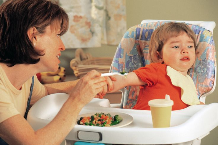 Alasan Mengapa Anak 1 Tahun Susah Makan dan Apa Akibatnya