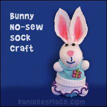 No-sew Sock Bunny Craft from www.daniellesplace.com