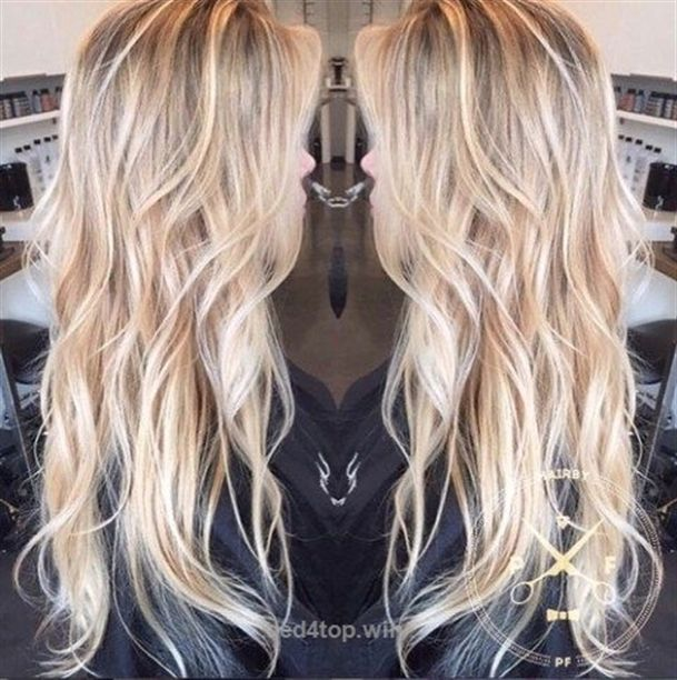 30 Picture-Perfect Hairstyles For Long Thin Hair – The Right Hairstyles for You