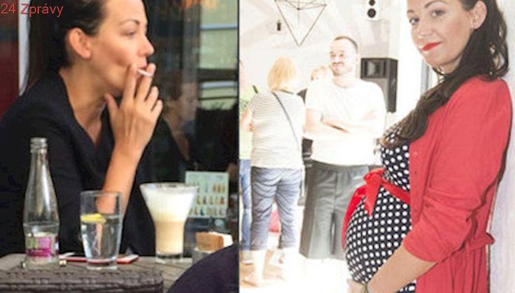 Agáta o svém kouření v těhotenství: Doktorka mi pět cigár denně povolila!