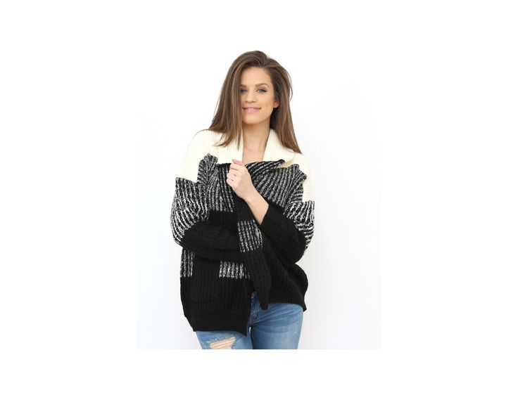 Chic Bicolor Cardigan for those who wnt to feel the warmth this knit texture offers...available at www.famevogue.ro...:)  #cardigan #sweater #winter #style #fashion #knit