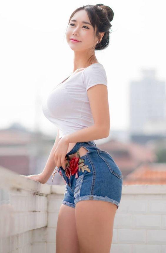 sexy asain modelle