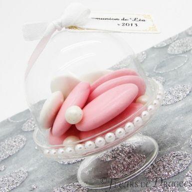 http://www.fleursdedragees.com/contenant-dragees-originaux/916-cloche-dragees-plexi-x3-3700022544779.html