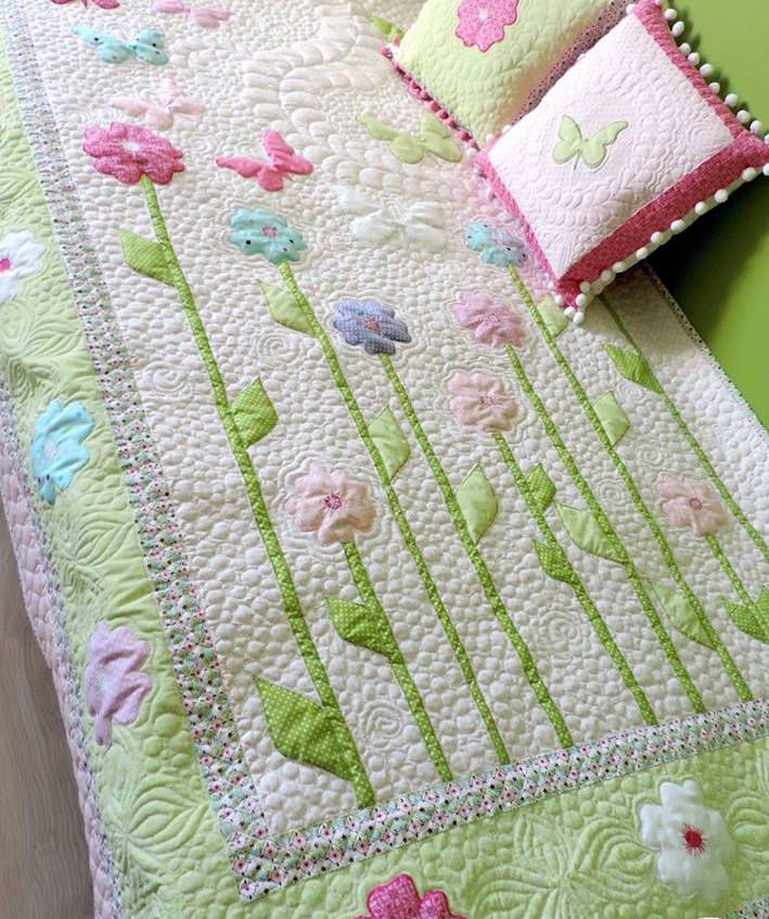 Toddler Girl Quilt - Homemade Quilt - Butterfly Quilt Patchwork Quilt - Twin Size Quilt - Quilted Bedspread - Modern Quilt - Quilted Bedding