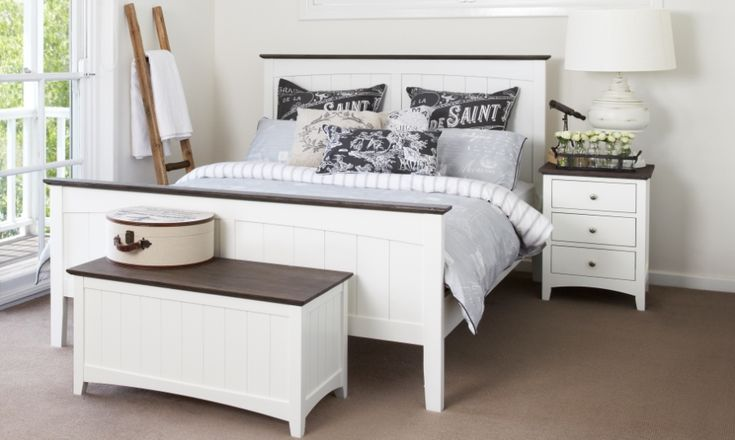 Jessica Queen Timber Bed | Bedshed