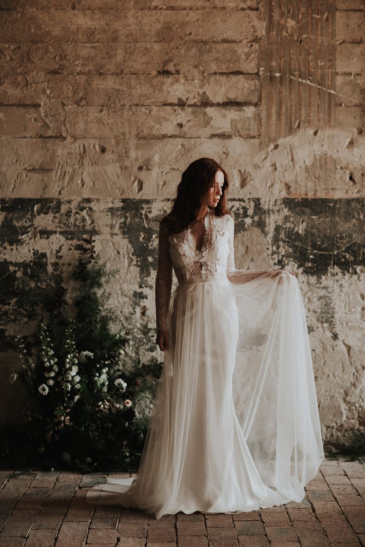 The Bronte gown / Nora Sarman Bridal / photo Pinewood Weddings
