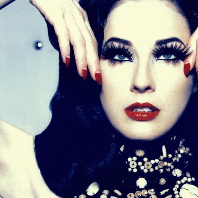 Dita von Teese - Make up elegante e sensuale.