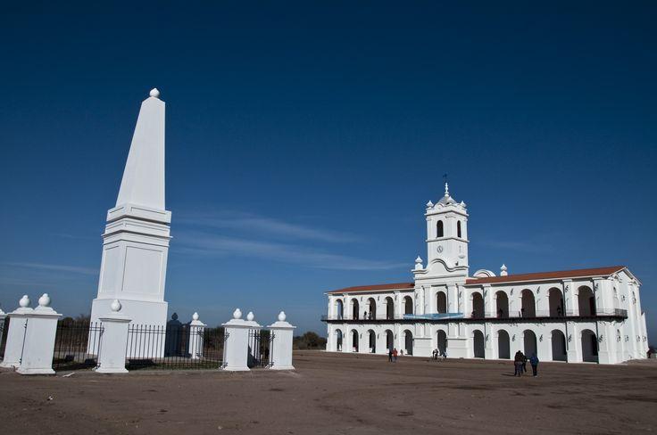 Réplica del Cabildo Histórico, inaugurado en la Ciudad de la Punta para el Bicentenario de la Revolución de Mayo.