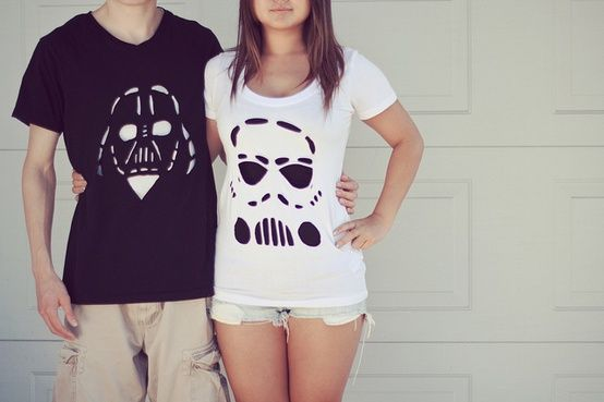 Cute Star Wars shirts for him and her! Perhaps my imaginary bf will buy this for me! ;)