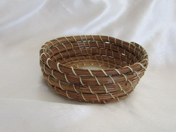 Handmade Pine Needle Basket by KandApineneedlebskt on Etsy
