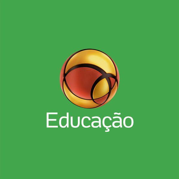 Computador está fora da sala de aula na maioria das escolas públicas Notícia compartilhada por Pedro Drago