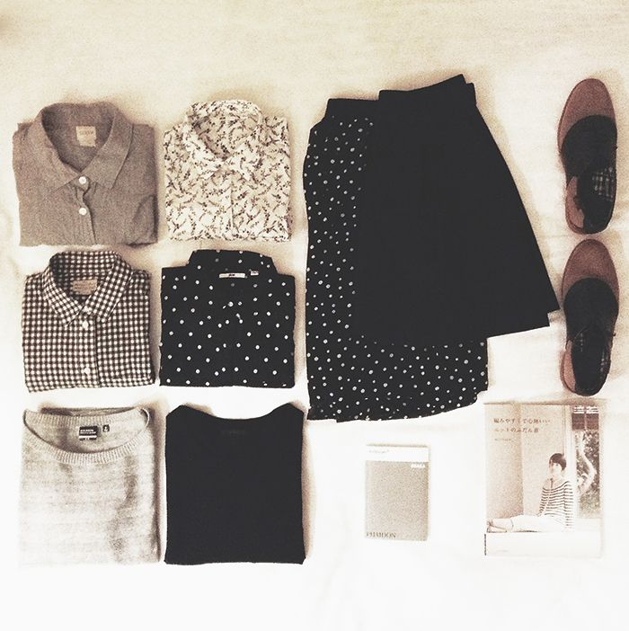 I wanna keep this sort of easy, mix-and-match minimalism in mind when I throw out my old clothes and replace them with more *teacher-y* clothes