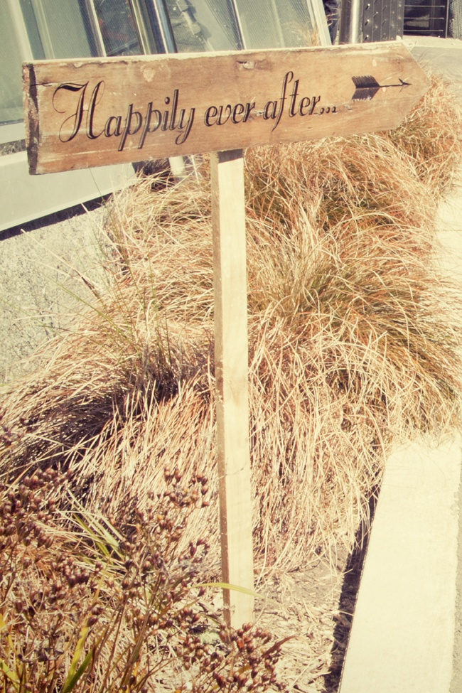 A rustic Vintage & Pretty Sign.