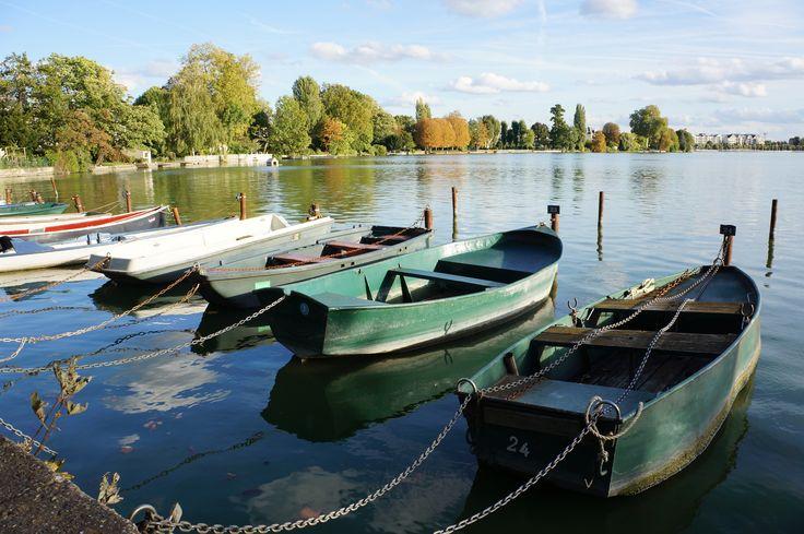 Barques sur le lac d'Enghien