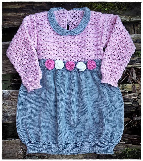 Heklet og strikket barnekjole i str. 2 år.