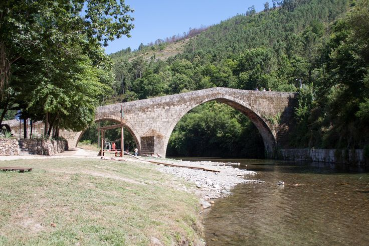 This charming Portuguese village is located in Alvoco Valley and it used to be a Roman town. River Alvoco is known as one of the cleanest… #river #alvocodasvarzeas #oliveiradohospital #alvoco #nature #portugal #centrodeportugal #beach #holidays