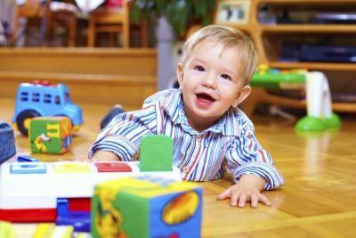 Importância dos jogos para crianças com paralisia cerebral | eHow Brasil