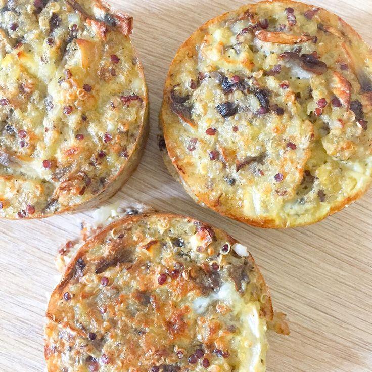 Aujourd'hui je vous propose une recettetrès simple et rapide, à déguster chaude ou froide ! Des petits muffins à base de quinoa accompagnés de champignons. Un délice !  FacebookTwitterGoogle+Email Vous aimerez aussi: Muffins quinoa pomme amande Empanadas panais champignons oignons Muffins pomme cannelle lentilles vertes Tresse épinards bacon oignons …