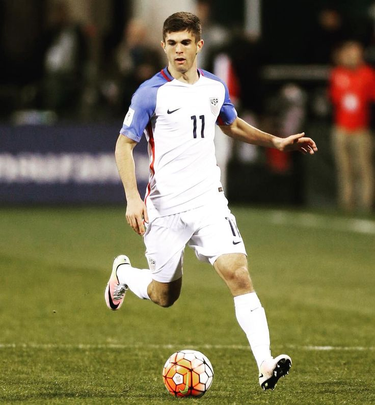 17-year-old Christian Pulisic scores his first international goal to give USMNT a 4-0 lead vs Bolivia.
