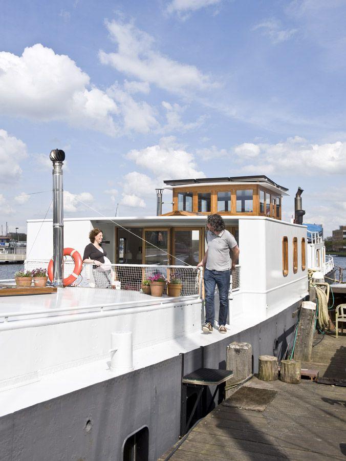 exterior houseboat Jolie - waterloft.nl
