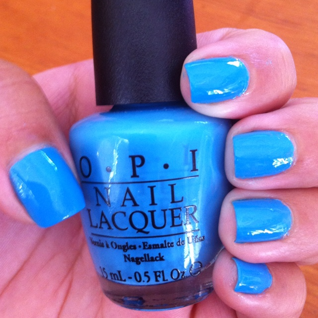 One of my most favourite colours in my polish collection!