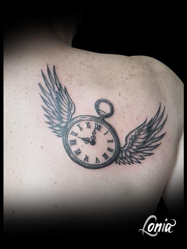 1000 ideas about tatouage montre gousset on pinterest tatouage montre tatouages and a tattoo. Black Bedroom Furniture Sets. Home Design Ideas