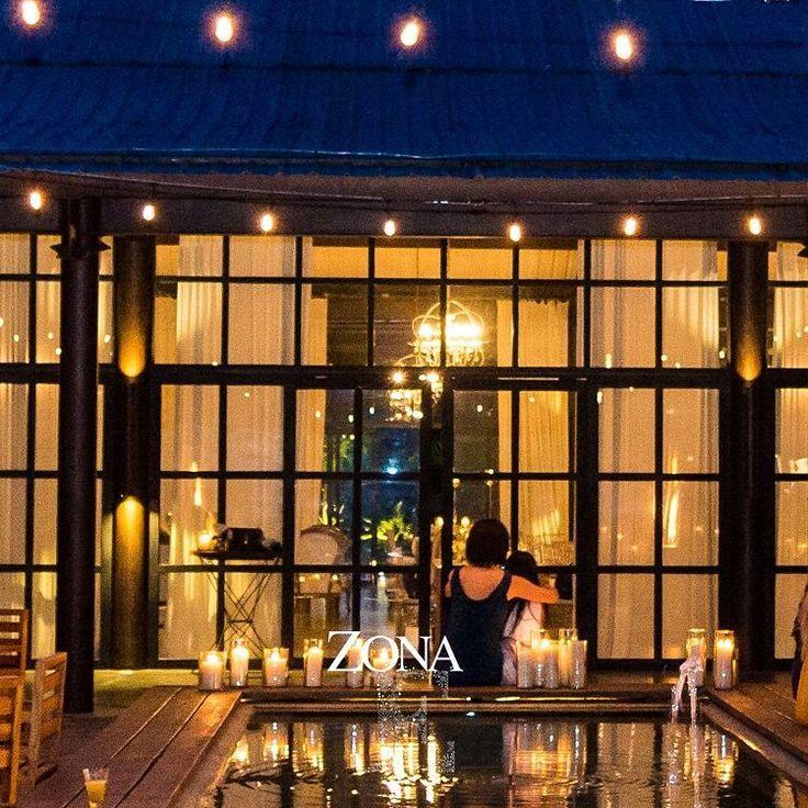 Abrazando los momentos más hermosos de la vida. #CasaBali para ¡celebrar el amor, la amistad, la vida!   Contáctanos al 3106158616 / 3206750352 / 3106159806 y reserva desde ya, atendemos todos los días de la semana y fines de semana incluido festivos. www.zonae.com   #ZonaE #ElEstablo #ZonaELlangrande #bodasmedellin #GreenHouse #Eventos #BodasAlAireLibre #weddingplaner #BodasCampestres #bodas #boda #wedding #destinationwedding #bodascolombia #tuboda #Love #Bride