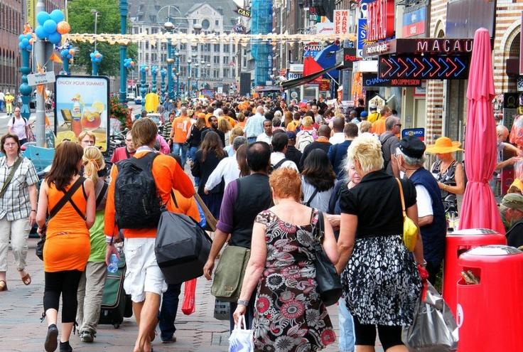 Social media in Nederland 2013: Groei van gebruik Twitter en Facebook afgevlakt