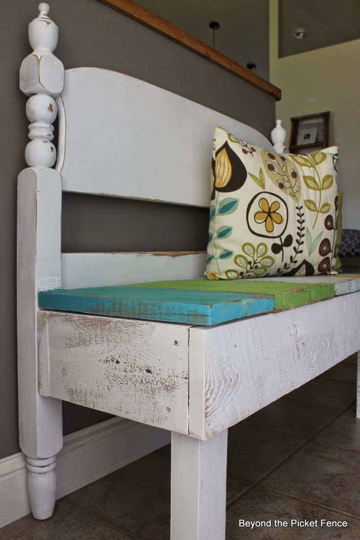reclaimed wood headboard bench with storage http://bec4-beyondthepicketfence.blogspot.com/2014/08/bench-with-storage-beyond-picket-fence.htm...