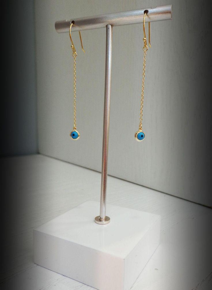 Preciosos aros largos de Plata Sterling 925 con baño de Oro de 18k y motivo de ojo Turco, ideales para ti!!!! #aros #plata #bañodeoro #joyeria #jewelry